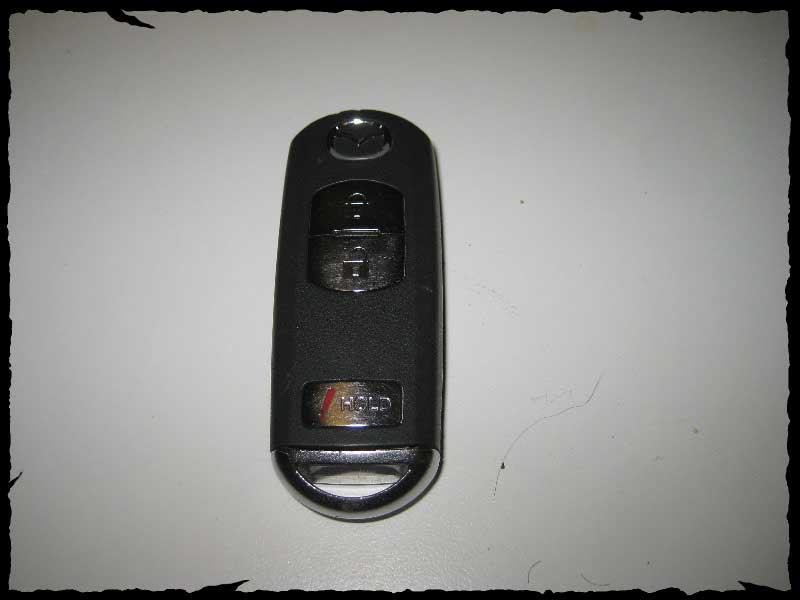 Замена элемента питания (батарейки) в пульте(ключе) Mazda CX-5