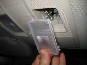 Замена ламп в салоне автомобиля Mazda CX-5 ч.1
